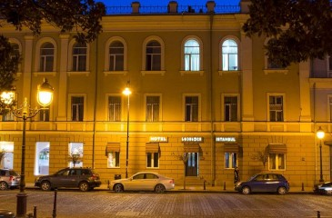 هتل استانبول تفلیس