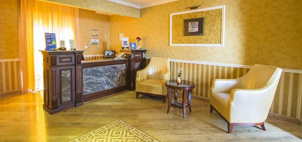 هتل کی ام ام تفلیس