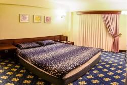 اتاق سه تخت رویال