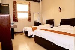 اتاق پنج تخت